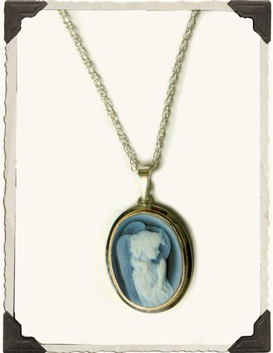 ANGEL CAMEO PENDANT (14 KT GOLD)