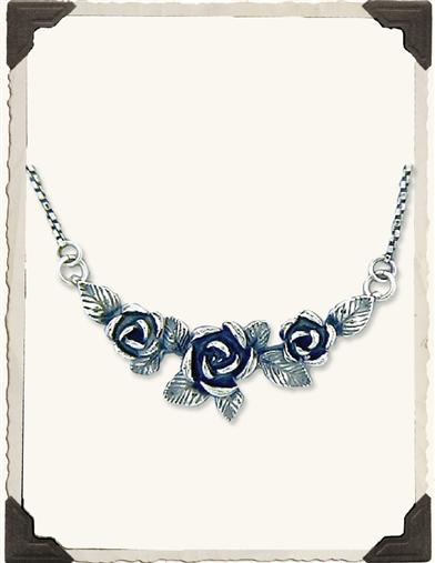 POSTERITY ROSE NECKLACE