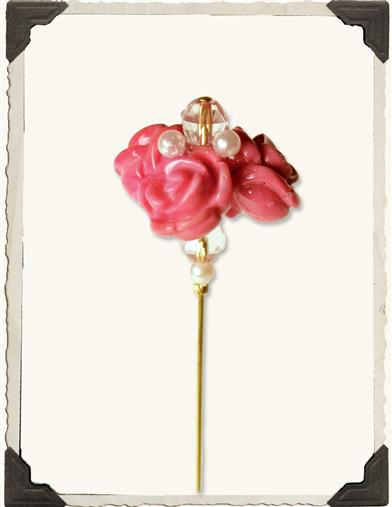 CLUSTERED ROSES HATPIN
