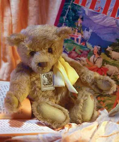 STEIFF ANTIQUES ROADSHOW THE HEIRLOOM BEAR