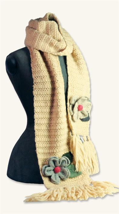 WOMEN'S COOPERATIVE HANDKNITS (MAGNOLIA SCARF)