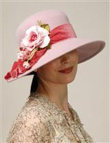 LOUISE GREEN PETAL PINK HAT