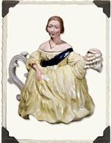 YOUNG QUEEN VICTORIA TEAPOT