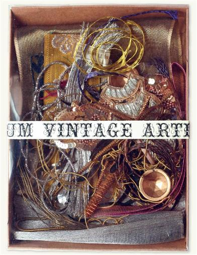 AUTHENTIC VINTAGE SCRAP (ARTIST MIX)