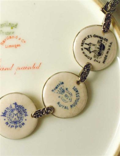 CHINA BACK STAMP BRACELET