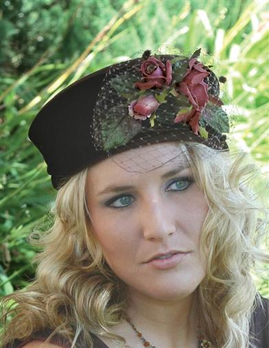 TEA ROSE PILLBOX HAT