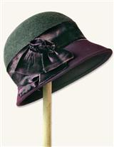GREY FLANNEL AND PLUM CLOCHE