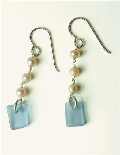 PEARL & SEAGLASS EARRINGS