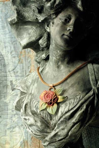 ETERNAL ORCHID METAL MESH ROSE NECKLACE