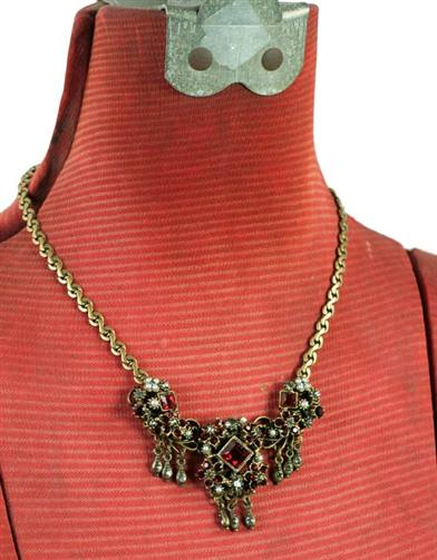 RENAISSANCE MAIDEN GARNET NECKLACE