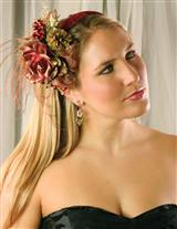 HOLIDAY FASCINATOR