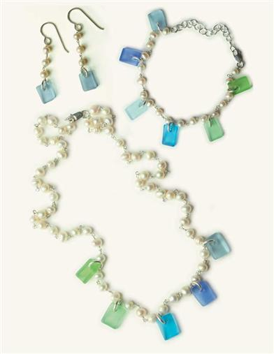 PEARLS & SEAGLASS COLLECTION