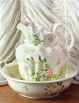 CREAM ROSES BOWL & PITCHER