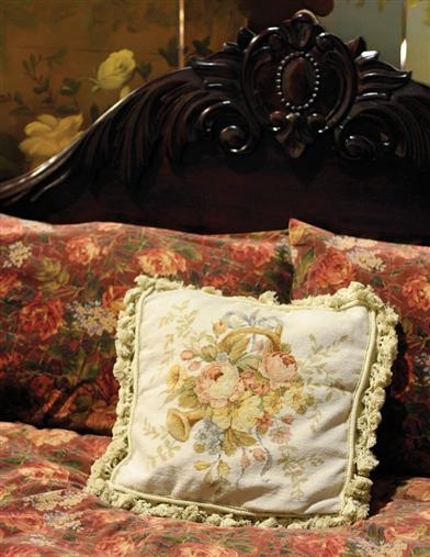 STRASBOURG BOUQUET NEEDLEPOINT PILLOW