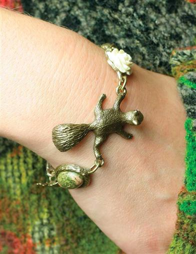 AUTUMN FINDINGS BRACELET