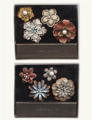 METAL FLOWER PUSHPINS (SET OF 4)