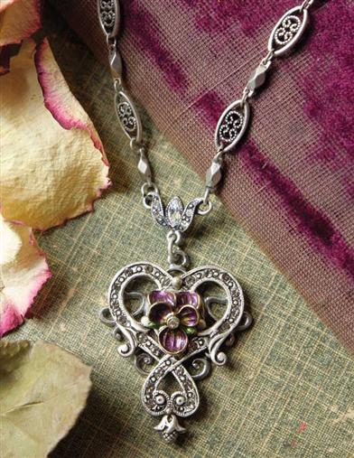 DEMURE VIOLETS NECKLACE