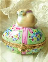 AUTHENTIC LIMOGES BUNNYKIN'S NEST EGG
