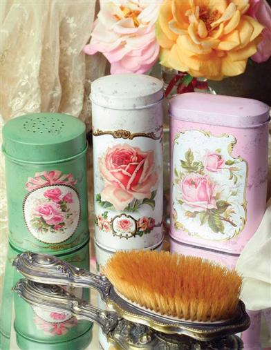 TALCUM TINS (SET OF 3)