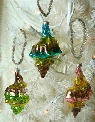 CONCH SHELL ORNAMENTS (SET OF 3)