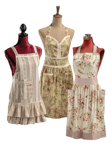 10 Things to Do with Vintage Aprons Primrose Pinafore Aprons Set Of 3 $49.95 AT vintagedancer.com