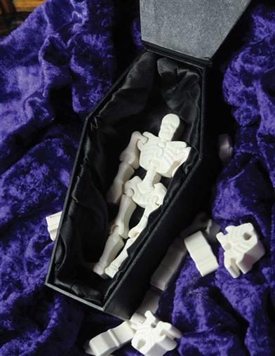 SKELETON CANDY IN MY BELOVED COFFIN