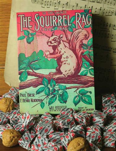 THE SQUIRREL RAG TIN WITH WALNETTOS