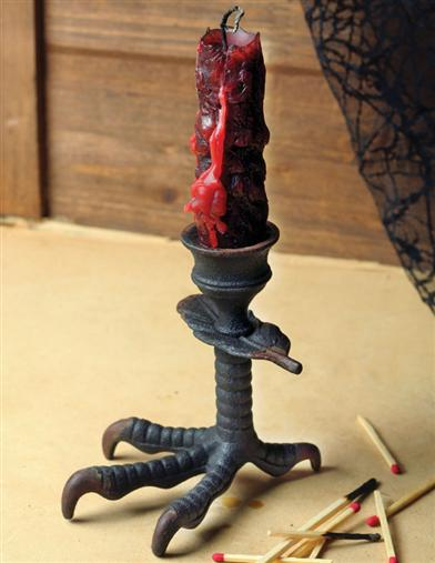 CLAWFOOT CANDLESTICK HOLDER
