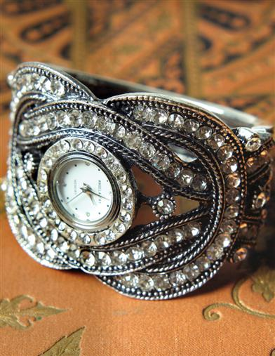 CRYSTAL HEIRLOOM CUFF WATCH