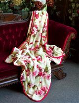 SCARLET ROSES FLEECE THROW - SPECIAL PRICE!