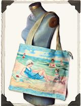 GREETINGS FROM THE SEASIDE SUNBATHER'S TOTE
