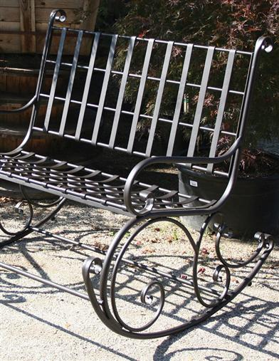 GARDEN ROCKER FOR TWO