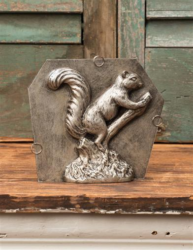 SQUIRREL CANDY MOLD MEDIUM