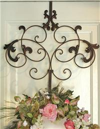 Spencerian Wreath Hanger