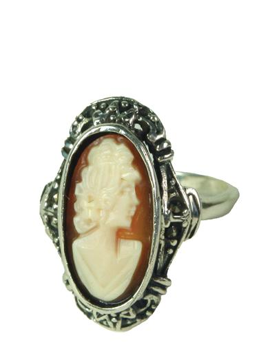Empress Cameo Ring