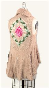 CROCHETED ROSES CREAMED TEA VEST