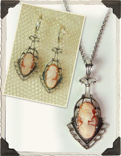 CAMEO LAVALIER NECKLACE & EARRINGS SET