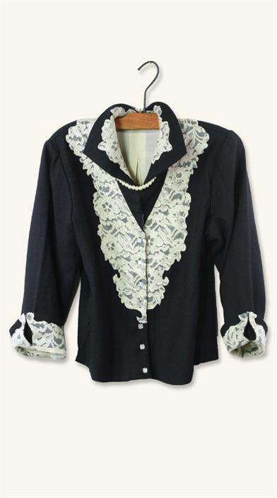 Edwardian Style Blouses April Cornell Lucie Jacket $74.99 AT vintagedancer.com