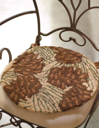 WALK IN THE WOODS HOOKED CHAIR PAD