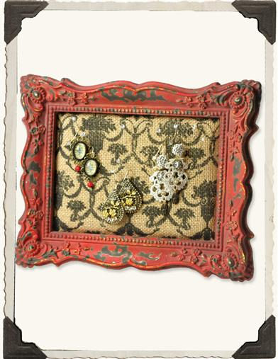 GOTHIC PIN BOARD