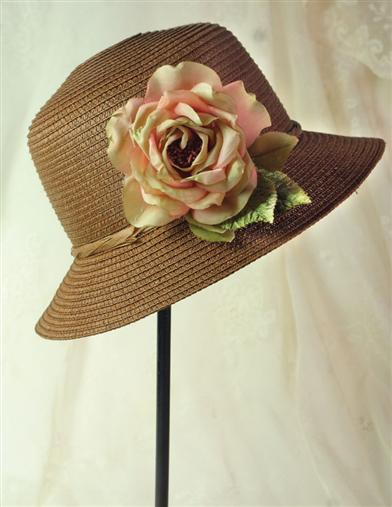 Edwardian Style Hats, Titanic Hats, Derby Hats Melissa Molasses Straw Hat  Hatbox $39.95 AT vintagedancer.com