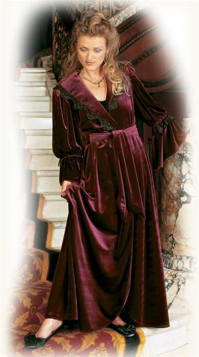 ROMANTIC VELVET BURGUNDY ROBE
