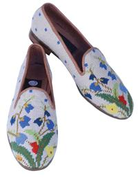 COTTAGE GARDEN NEEDLEPOINT FLATS