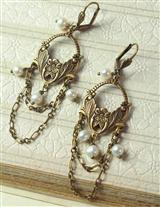 OPERAHOUSE CHANDELIER ENLIGHTENMENT EARRINGS