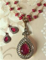 HEARTS TEARDROPS NECKLACE & EARRINGS DUET