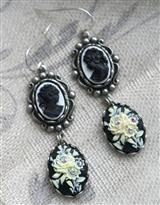 ROSE CAMEO EARRINGS