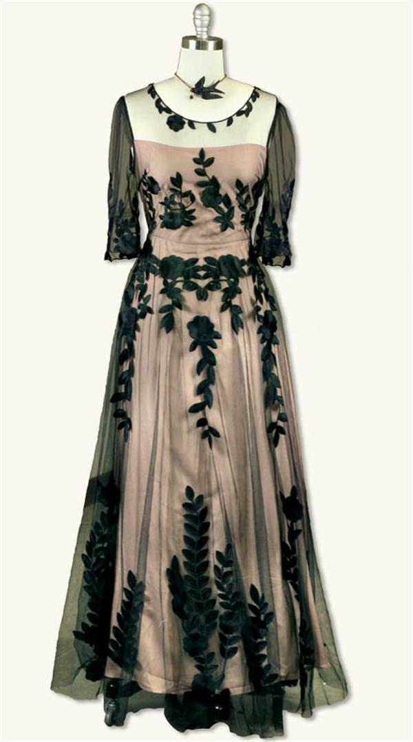 Victorian Dresses- Patterns, Costumes, Custom Dresses Elusive Gown $149.95 AT vintagedancer.com