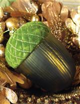 EPIC ACORN ORNAMENT