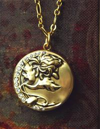 CHRYSANTHEMUM LOCKET