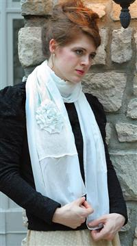 BLANCHED BLOOM SCARF